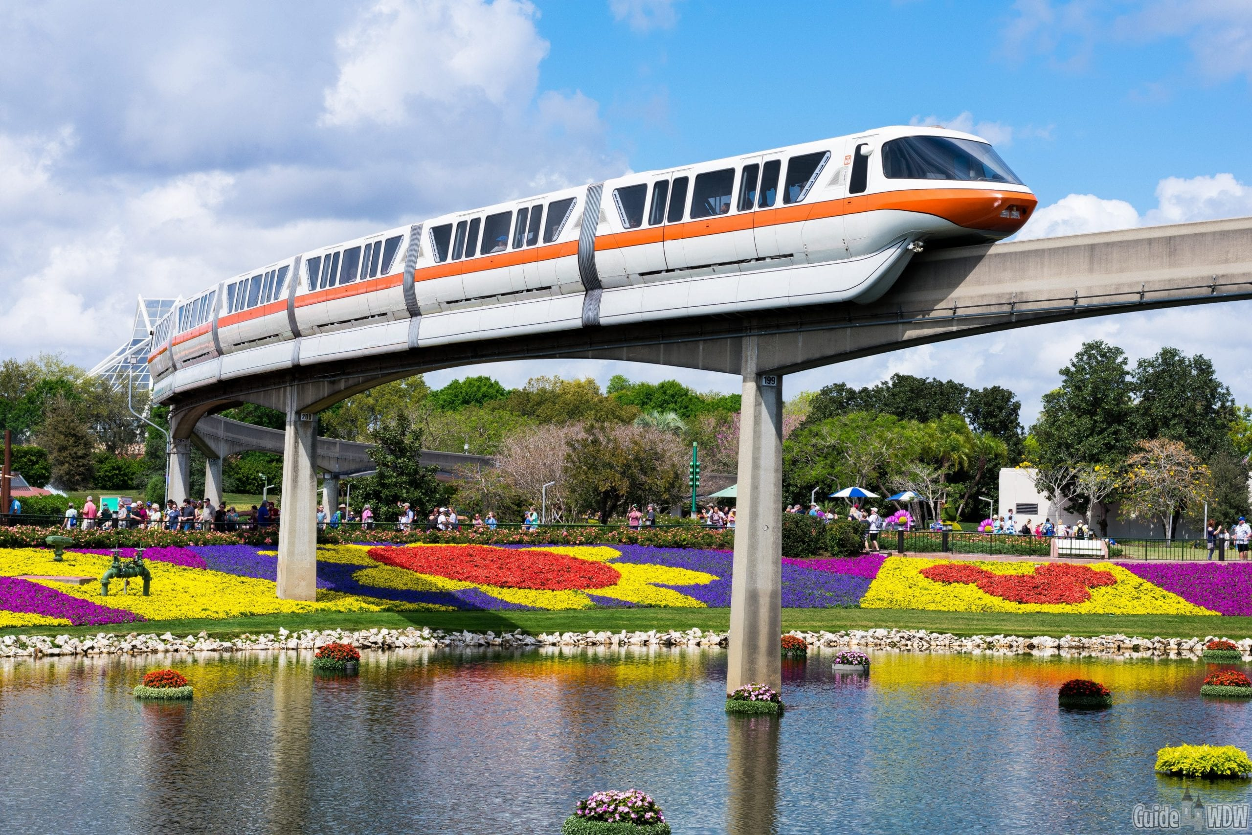 Disneyland vs. Disney World: Monorail